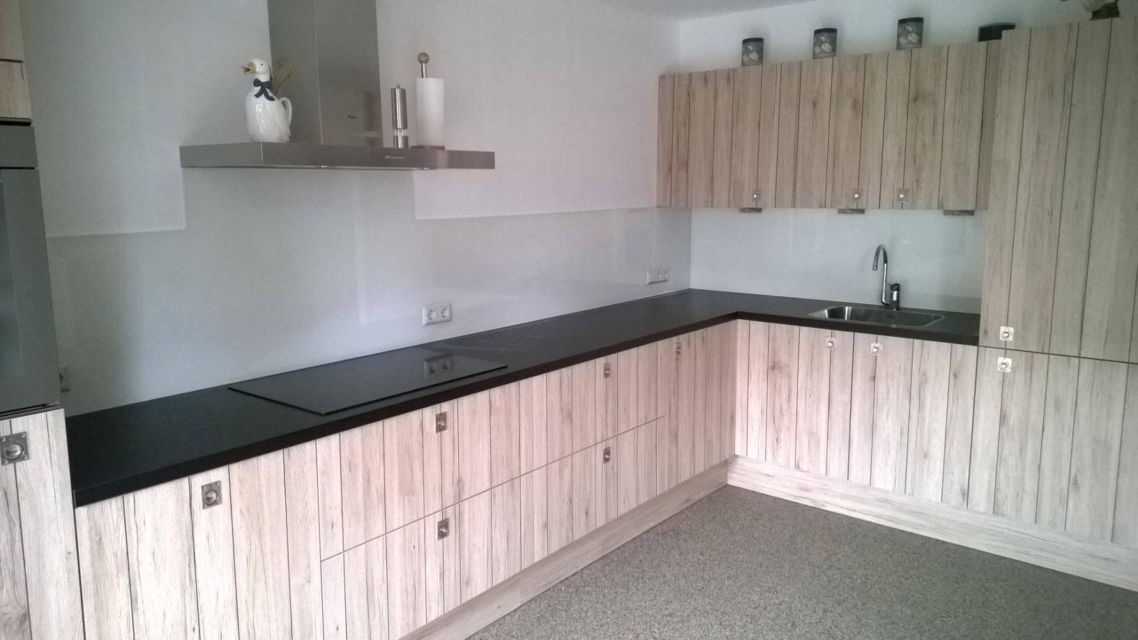 Keuken Achterwand Foto : Achterwanden van de breevaart keuken sanitair bergen op zoom e o